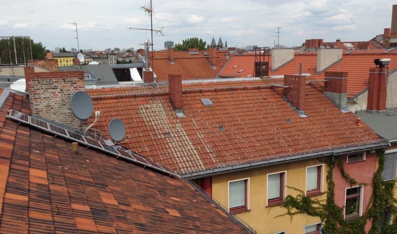 Wedler Berlin 2017 amit IBC Solar auf einem Mehrfamilienhaus in Berlin