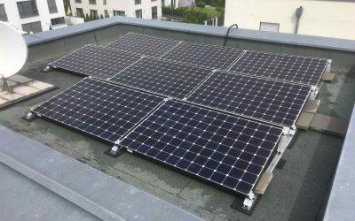 2,64 kWp BenQ auf sehr kleinem Flachdach Aug. 2017