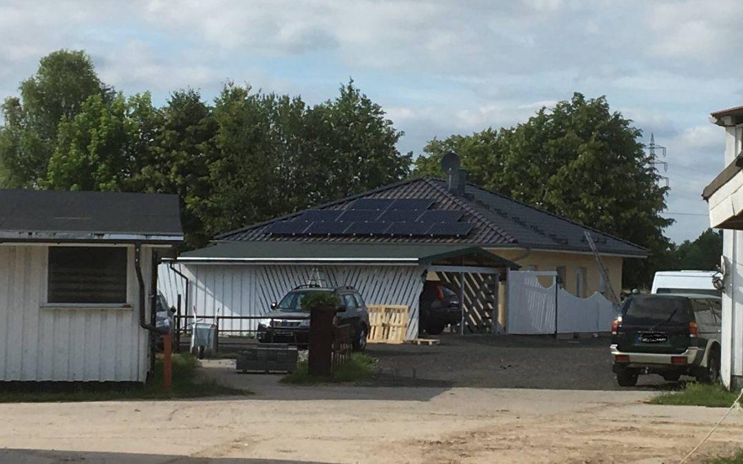 3,685 kWp Anlage mit BenQ Sunforte (AUO) 335 Wp und Fronius