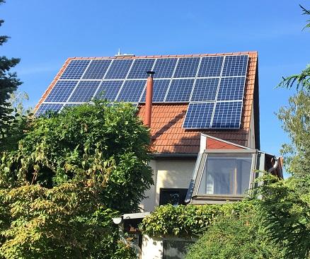 PV aus 2016 in Teltow um 10 Module in 2019 erweitert und einen Senec 7,5 kWh Speicher installiert Wedler Photovoltaik Berlin